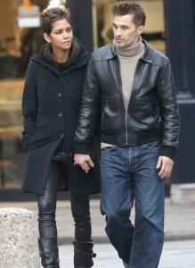 Halle Berry & Olivier Visit Churches In Paris